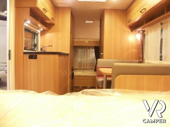 Letti A Castello Torino.Hymer Eriba Living 525 Caravan Nuova Torino