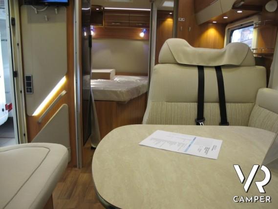 Hymer Tramp 554 SL camper nuovo Hymer semintegrale con letto alla francese  posteriore e portamoto
