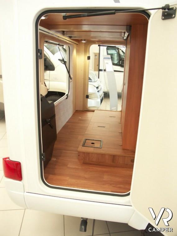 Hymer van 314 sl camper compatto for Piani di garage rv con officina