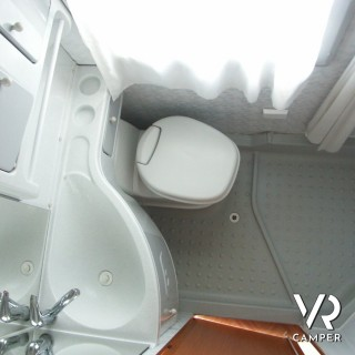 contro porta attrezzata per bagno : accessori camper caravan ...