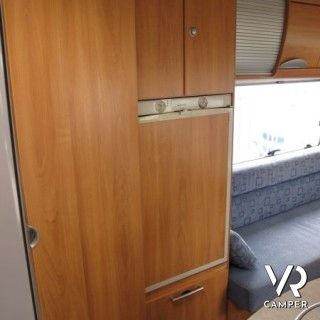 Hymer B-Klasse 544 - divano fronte dinette