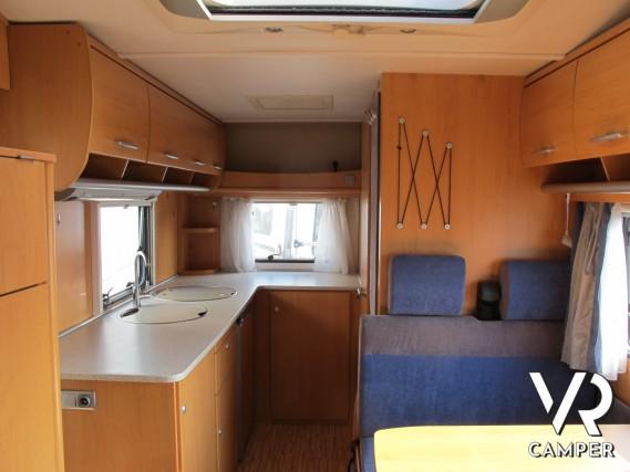 Camper Letto Matrimoniale.Hymer Camp 512 Cl Camper Mansardato Compatto Usato Occasione